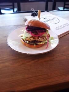 mittagstisch_burgerlab_lammburger